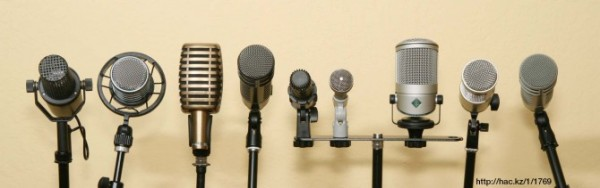 podcast-microphones2-670x211